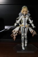 Saber Bride Figma by Seoul-Mate