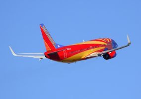 "Southwest 737 ""Arizona"" by shelbs2"