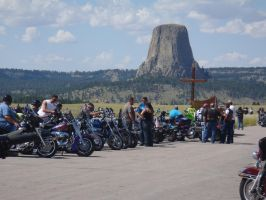 Devils Tower rest stop by Caveman1a
