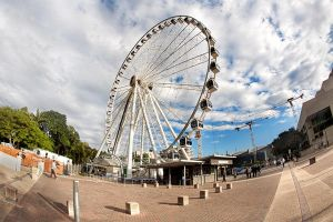 Wheel Of Brisbane by antontang
