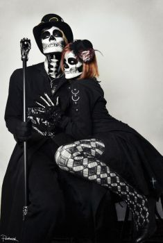 Mr. Confidence and Mrs. Deceit by ParenthesisX