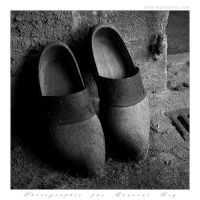 Old wood shoes by laurentroy