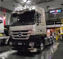 Merc Actros on display by RedtailFox