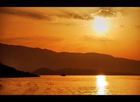 sunrise_in_kekova by tolgagonulluleroglu