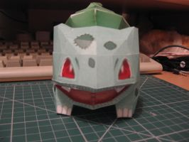 Bulbasaur pokedoll papercraft by sazmullium