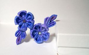 Lovely Purple Flower kanzashi by lovelypeachbunny