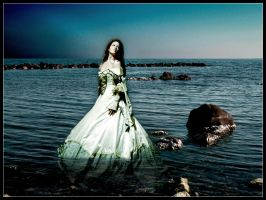 The Lady and the Sea by alienor