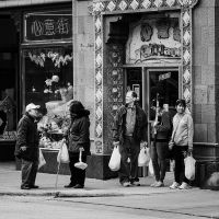 Sunday In Chinatown by jonniedee