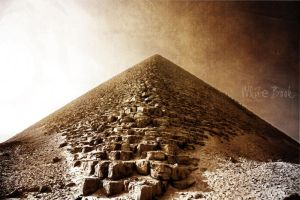 Snofru's Red Pyramid in Dahshur by WhiteBook