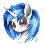Vinyl Scratch by Kobra333