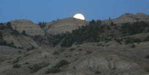 Hell Creek Moonrise by LEXLOTHOR