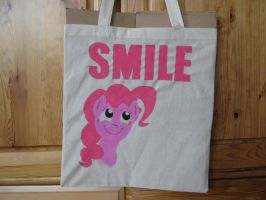 Painted Bag - SMILE Pinkie Pie by haselwoelfchen