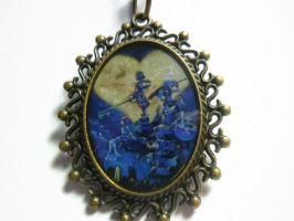 Kingdom Hearts box art pendant by terrabranford82