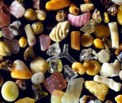 Sand under a microscope by Monustaai