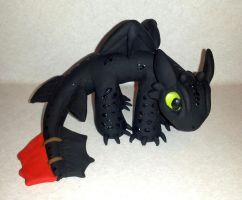 Toothless-inspired dragon by SayTunaFeesh