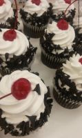 Black Forest Cupcakes by TsuKaza90