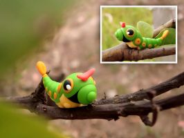 010 Caterpie by Lidinei