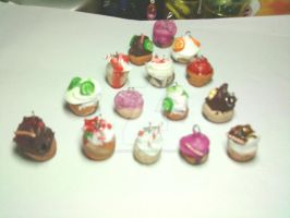 CupCake Charms by lenneheartly