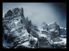 Mountains of Middle-earth by iellos