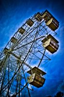 Round in Circles by alvse
