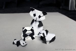 Meet The Pandas (origami) by Back-2-Life