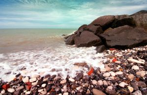 Shores of Eastbourne II by stmayhem93