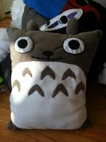 Totoro Pillow by OddCurio