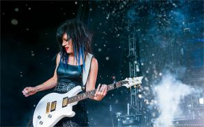 Korey Cooper, Skillet - Carnival of Madness 2013 by lizzys-photos
