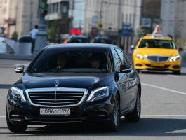 Mercedes-Benz S500 by SKYLiNE-AnD-GTR-RuS