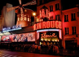 Moulin Rouge by Qvisions
