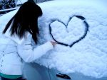 Snow Heart by Hyenn
