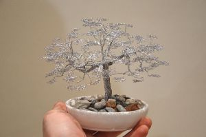 Wire tree sculpture by minskis