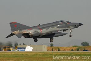 Turkish Air Force 69-7512 by keremizmir