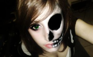 Half-Skull-Face. Holloween Progect MakeUp by EvylSutcliffe