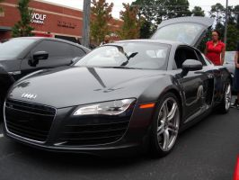 Audi R8 by apexi957