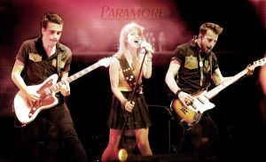 Paramore Live by fuckingdaytoremember