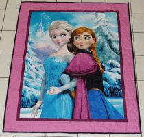 Frozen Panel Quilt by quiltoni