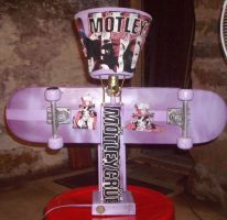 SKATEBOARD LAMP by Buhla