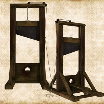 Guillotine Pack by Just-A-Little-Knotty