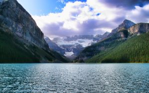 Lake Louise Alberta by skip2000
