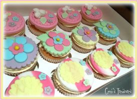 Pretty in Pastels Baby Shower Cupcakes by gertygetsgangster