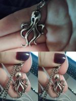 Cthulhu Necklace by ZeroHourNineAM