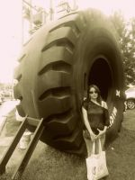 A big tire by Maleiva