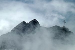 Cross on Caraiman mountains by KmyGraphic