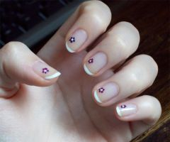 NA: French manicure + flowers by BeepBeep22