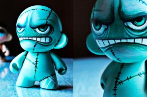 Munny zombie by anniecarter