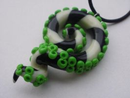 Beetlejuice Tentacle Necklace by cashewed-almonds