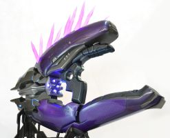 Halo 4 Needler replica by Volpin