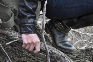 Hunger Games Stock XVI: Grip Close-Up by kndrwllmsn