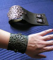 steampunk armguards by BBride